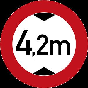 Maximale Durchfahrtshöhe: 4,2m